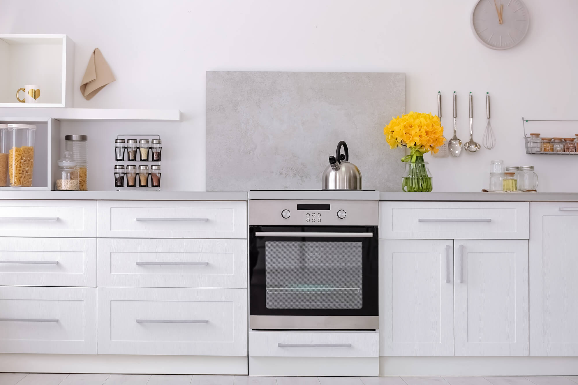 How to Choose Kitchen Cabinets: The Complete Guide