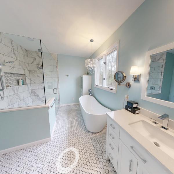 Lockland Master Bathroom