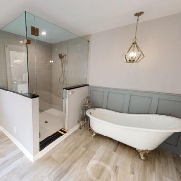 Ashton Falls Master Bathroom